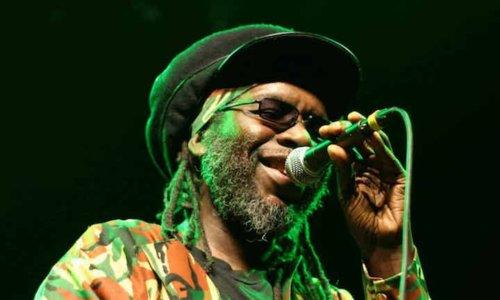 Macka B & The Roots Ragga Band + Earl Sixteen